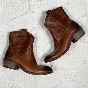 Frye | Boots